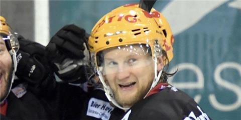 Mike Moore, Kapitän der Fischtown Pinguins.