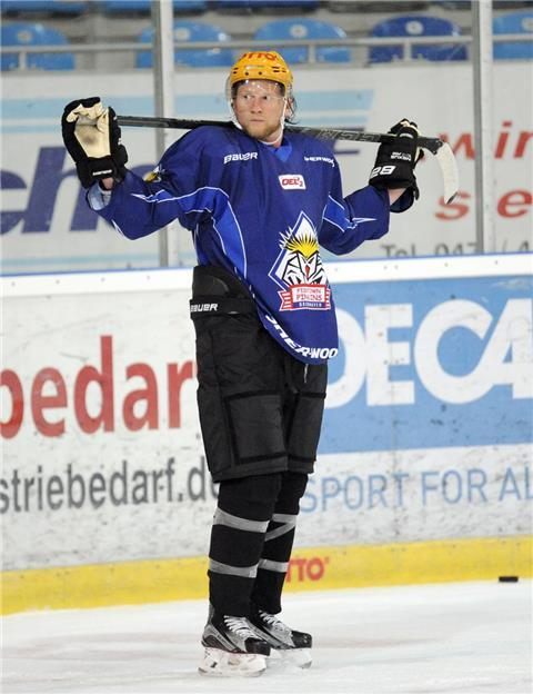 Pinguins Neuzugang Mike Moore