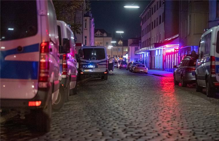 Bremerhaven: Razzia im Rotlichtviertel